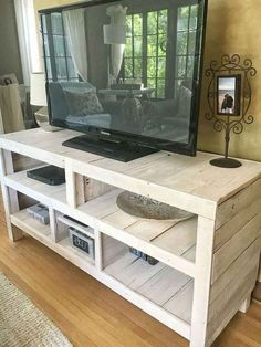 If you are looking for Diy Projects Pallet Tv Stand Plans Design Ideas, You come to the right place. Here are the Diy Projects Pallet Tv St. Tv Pallet, Small Pallet, Pallet Boxes, Outdoor Pallet, Pallet Lounge, Pallet Walls, Pallet Couch, Wooden Pallets, Pallet Furniture Tv Stand
