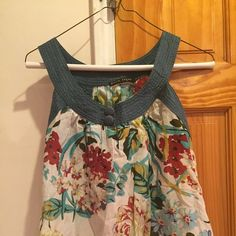 I just discovered this while shopping on Poshmark: Floral Tank. Check it out! Price: $15 Size: L, listed by hazelsyes