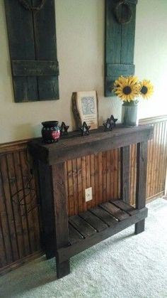 Pallet hallway table Barn Wood Projects, Woodworking Projects Diy, Diy Pallet Projects, Primitive Furniture, Pallet Furniture, Rustic Furniture, Small Hallway Table, Home Crafts, Diy Home Decor