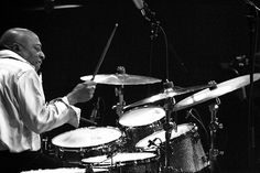 Drummerworld: Roy Haynes