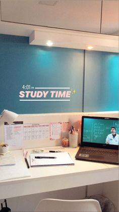 Study Desk, Study Space, School Motivation, Study Motivation, Study Corner, Medicine Student, Study Organization, School Study Tips, Study Room Decor