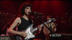 ▶ St Vincent - Your Lips Are Red on ACL (5 of 5) - YouTube