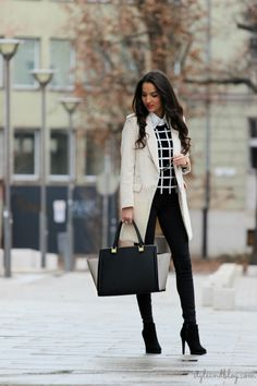Women fashion clothing outfit style white coat handbag black pants leggings heels autumn sunglasses casual street