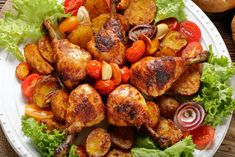 You want delicious chicken drumsticks without firing up the oven? We'll show you how to cook chicken drumsticks on the stove in this article. How To Cook Drumsticks, Chicken Drumsticks, One Pot Meals, Easy Meals, Simple Meals, Lazy Cat Kitchen, Soup Recipes, Cooking Recipes, Creamy Mushroom Soup
