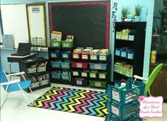 Adventures of a Third Grade Teacher: Reading Workshop & My Classroom Library!