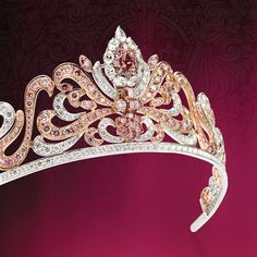 Modern Tiara, United Kingdom (21st c.; pink diamonds, white diamonds).