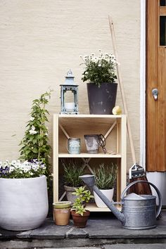 Lundia Classic goes well in the garden too. But it loves to stay indoors more. Decor, Furniture, Home, Interior, Scandinavian Style, Ladder Decor, Green Inspiration, Home Decor, Small Apartments