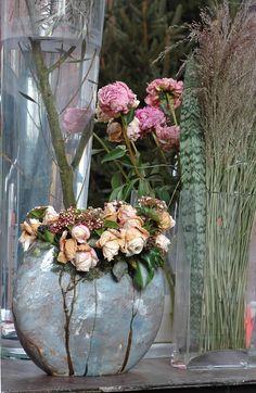 202 Mural Floral, Art Floral, Claire Basler, Slab Ceramics, Clay Vase, Plant Illustration, Ceramic Painting, French Artists, Ikebana