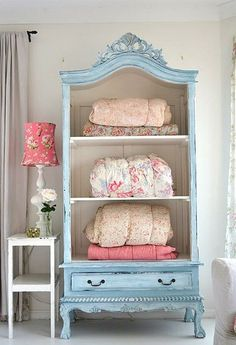 pastel storage | More pastel inspiration here: http://mylusciouslife.com/prettiness-luscious-pastel-colours/