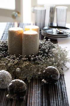 sparkly christmas centerpiece