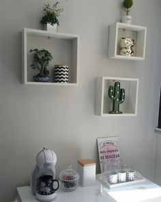 Room Niches: 60 Ideas for Organizing Space. Table Decor Living Room, Diy Room Decor, Bedroom Decor, Home Decor, Nail Salon Design, Lacquer Furniture, Coffee Bar Home, Nail Room, Nail Designer