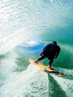 ............www.dubtravel.com to get paid on all of your travel to find these beautiful waves. we love dubli! - dub vida