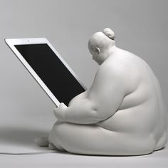 Venus iPad Docking Station, 185€, now featured on Fab. Just super great!