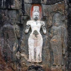 Secret Lanka, your travel agent and tour operator for Sri Lanka and Maldives. Mahayana Buddhism, Sri Lanka, Carving, Statue, Rock, Painting, Art, Art Background, Wood Carvings