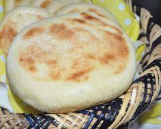 8 Batbout Pain marocain cuit à la poêle