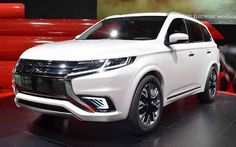 In an effort to compete with the SUV competition looming in the auto industry, automakers Mitsubishi Japan have made between 7-seat SUV that would be more dependable and-Outlander facelift. The new Mitsubishi Outlander 2018 look now displays three primary trim on the basis of slim, trim midsize...