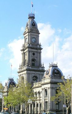 Collingwood Town Hall & Post Office building, Hoddle Street, Collingwood, Melbourne. Built 1885-90. Architect: G Johnson.