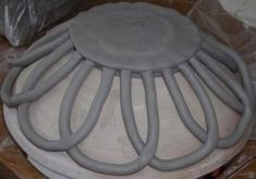 Totally Free coil pottery bowls Thoughts Fruit Bowl Design Clay Ideas Best Totally Free coil pottery bowls Thoughts Fruit Bowl Design Clay Ideas Galvanized Attic Vent Barn Vent Architectural and Industrial Hand Built Pottery, Slab Pottery, Pottery Bowls, Ceramic Pottery, Ceramic Techniques, Pottery Techniques, Ceramic Clay, Ceramic Bowls, Keramik Design