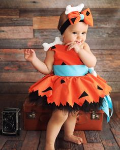 Baby girl halloween costumes - Pebbles Flintstone Outfit for Kids – Baby girl halloween costumes Baby Girl Halloween Costumes, Halloween Outfits, Halloween Kids, Toddler Girl Costumes, Halloween Birthday, Pebbles Costume Toddler, Birthday Parties, Mother Daughter Halloween Costumes, Family Costumes