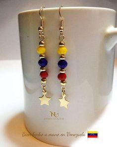 Zarcillos largos tricolor en Venezuela 【 REBAJAS Junio 】 | Clasf moda-y-accesorios Cute Jewelry, Diy Jewelry, Beaded Jewelry, Jewelery, Fashion Jewelry, Jewelry Making, Silk Thread Jhumkas, Beaded Earrings Native, How To Make Earrings