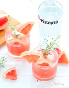 Rosemary simple syrup and Bristow gin pair beautifully with tart grapefruit juice in this rosemary, gin, and grapefruit cocktail.