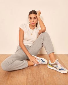 This is an ankle length sweatpant with an elastic waistband. The Classic Sweatpant pairs well with the James Crop Tee. Poses For Pictures, Picture Poses, Photo Poses, Car Pictures, Youtube Workout Videos, Nike Neon, Photography Poses Women, Indoor Photography, Posing Tips