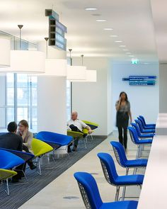 Guardian Offices by Hufton + Crow Business Architecture, Architecture Design, Interior Concept, Interior Design, 21st Century Classroom, Open Office, Work Spaces, Office Spaces, Commercial Interiors