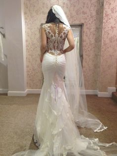 Galia Lahav Trunkshow. I love the back but what does the front look like?