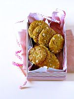 Plateful: Anzac Biscuits — syrupy, chewy, crunchy Aussie classic; eggless too