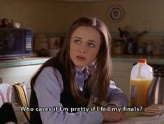 Finals Week as Told by The Gilmore Girls Finals Week as Told by The Gilmore Girl. - So Funny Epic Fails Pictures Meme Comics, Movie Quotes, Funny Quotes, Funny Memes, Funny Drunk, Sarcasm Quotes, 9gag Funny, Girl Memes, Girl Quotes