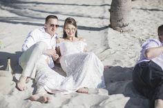 Vili es Márti - Tengerparti Esküvő | Florida, USA  #menyasszony #eskuvoifoto #eskuvoszervezes #horvatorszag #marryme #laguntravel #seychelleszigetek #seychelles #óceánpart #romantika #szigetfeledezés #álomnyaralás #tengerpart #islandlife #ocean #utazás #utazásiiroda #weddinginseychelles #tengerpartiesküvő #külföldiesküvő #esküvő Miami Beach, Florida, Usa, Couple Photos, Couples, The Florida, Couple Pics, Couple Photography, Couple