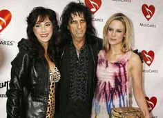 Alice Cooper & His Wife (Sheryl) & Daughter (Calico)