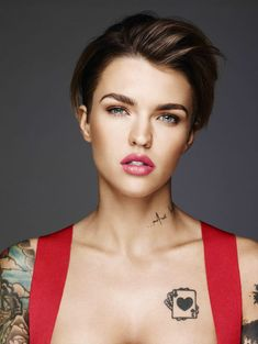 Ruby Rose as Xhex Short Hair Cuts, Short Hair Styles, Urban Decay Vice Lipstick, Australian Models, Rose Hair, Orange Is The New Black, Woman Crush, Pretty People, Girl Crushes