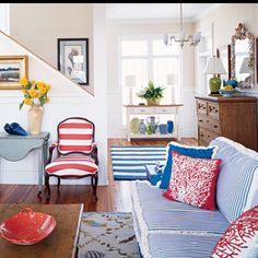 red, white and blue family room coastal living Striped chair Beach House Colors, Beach House Decor, Beach Houses, Coastal Living Rooms, My Living Room, Living Area, Small Living, Striped Couch, Design Patio