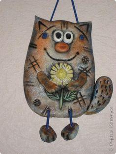 Лепка - Котики из соленого теста-1 Homemade Clay, Diy Clay, Clay Crafts, Felt Crafts, Diy And Crafts, Pottery Animals, Ceramic Animals, Clay Animals, Paper Mache Clay