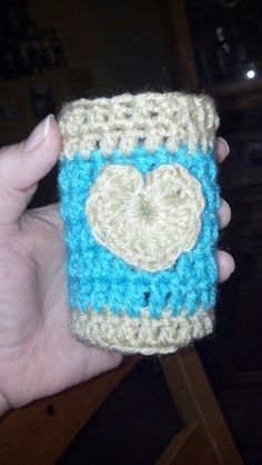 Aqua and beige coozie, also made a matching headband. Hearts are still hard for me...lol