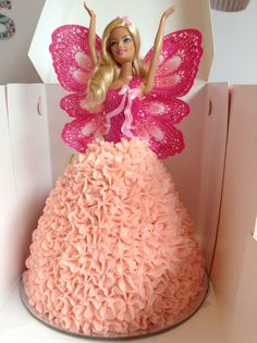 For the love of pink!! Such a lovely colour combo for this Dolly Varden cake
