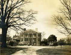 Unknown Plantation House -- Charleston County (S.C.) Picture appears to have been taken in the early 20th century
