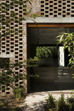 Mews House by TAKA Architects