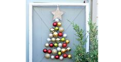 <3 this ~ such cute (and cheap!) ideas!!22 DIY Ideas For Your Best Christmas Tree Ever | Homesessive.com