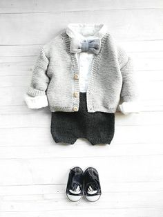 Best Ideas For Knitting Sweaters Baby Girl Baby Girl Sweaters, Knitted Baby Clothes, Boys Sweaters, Knitting Sweaters, Knitting Baby Girl, Baby Knitting Patterns, Kids Knitting, Suspenders For Boys, Baby Boy Outfits