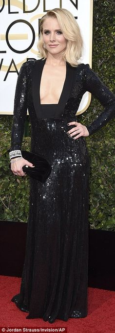 Taking the plunge:The 36-year-old actressshowed off plenty of cleavage as she rocked a b...