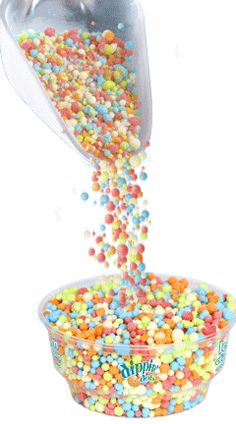 have to have dip in dots for a space party! Dippin Dots, Hello Kitty Photos, Bingsu, Polka Dot Party, Party Dips, Sugar Rush, Spice Things Up, Sweet Recipes, Sprinkles