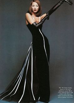 Valentino / Christy Turlington in Valentino - Photo by Patrick Demarchelier for Harper's Bazaar U...