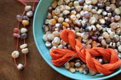 3 Tips For The Best Thanksgiving Kids Table + 18 Craft Ideas!