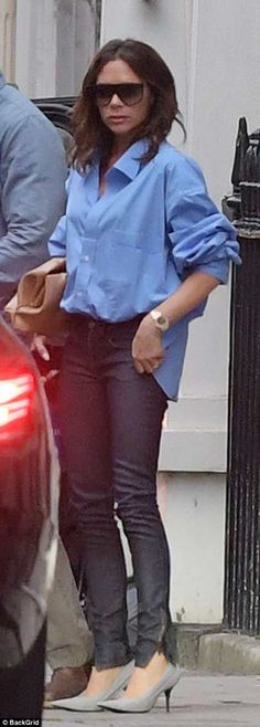 Victoria Beckham was pictured looking sombre as she was seen for the first time since furiously denying claims she is set to divorce her husband of 19 years, David. Victoria Beckham Outfits, David And Victoria Beckham, Victoria Beckham Style, Victoria Style, Victoria Fashion, Facon, Blouse Styles, A Boutique, Divorce