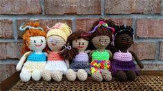 The Original Bizzy Crochet - Free Toy Patterns on http://www.bizzycrochet.com/upload/Pocket%20BFF.pdf