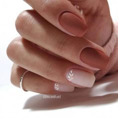 This series deals with many common and very painful conditions, which can spoil the appearance of your nails. SPLIT NAILS What is it about ? Nails are composed of several… Continue Reading → Square Acrylic Nails, Square Nails, Acrylic Nail Designs, Nail Art Designs, Fall Acrylic Nails, Design Art, Stylish Nails, Trendy Nails, Matte Nails
