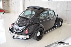 VW Fusca Ragtop 1974 . Pastore Car Collection Porsche, Audi, Ducati, Lamborghini, Future Car, Vw Beetles, Cars And Motorcycles, Issa, Vehicles