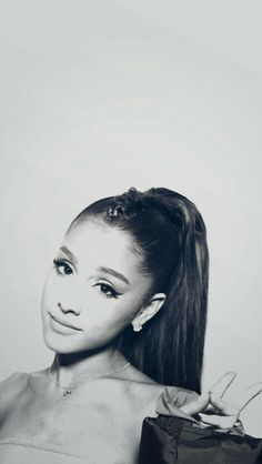 By BblackTpinkS Ariana Grande lockscreen